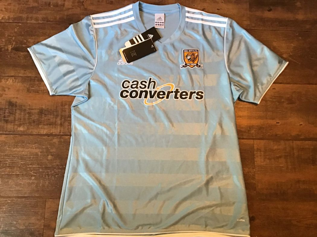 Classic Global Football Shirts | 2011 Hull City Vintage Old Soccer Jerseys